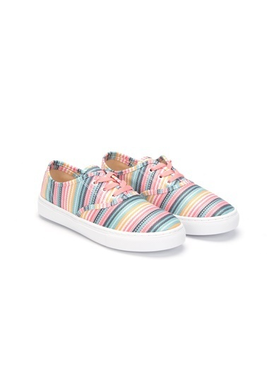 LC Waikiki Ayakkabı Renkli